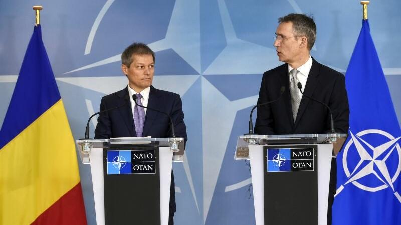 Dacian Ciolos, conferinta de presa comuna cu seful NATO. Planurile anuntate de premier pentru Marea Neagra