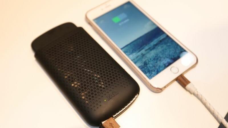 Cel mai mare mit despre economisirea bateriei iPhone-ului a fost infirmat de seful Apple. Face mai mult rau decat bine