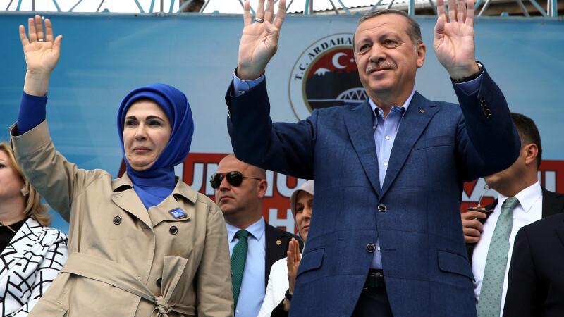 Nevasta presedintelui Turciei face declaratii ciudate: