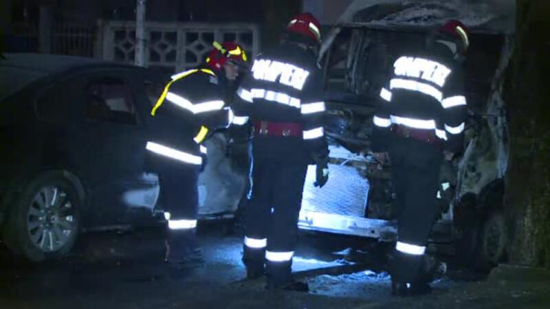 Incendiu intr-o parcare din sectorul 5 al Capitalei. Ce au descoperit autoritatile despre masinile arse
