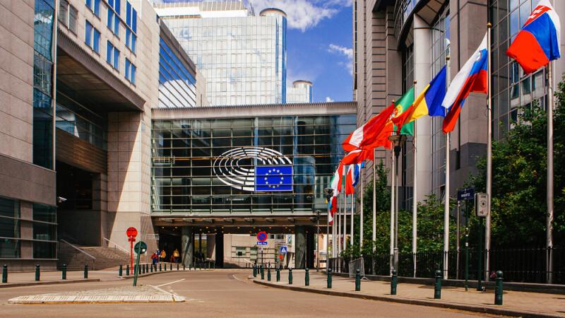 Oficial european: Romania si Bulgaria nu scapa de MCV prea curand.