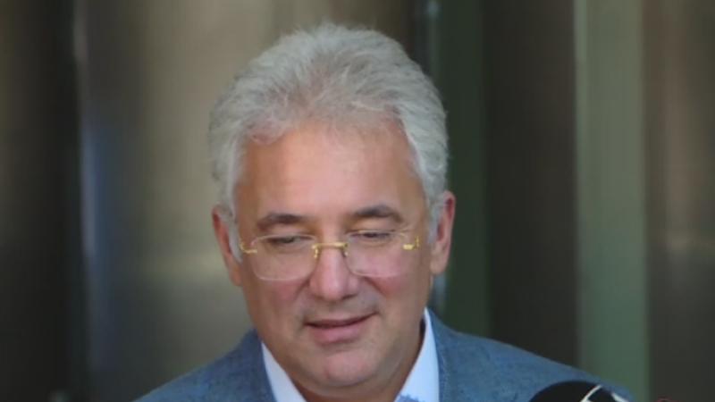 Fostul ministru Adriean Videanu a fost inculpat in dosarul Romgaz-Interagro. ''Nimic nou nu s-a intamplat