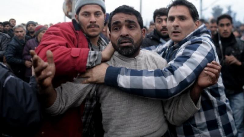 Cei trei sirieni care au salvat o fetita de 7 ani de la viol in tabara Idomeni: