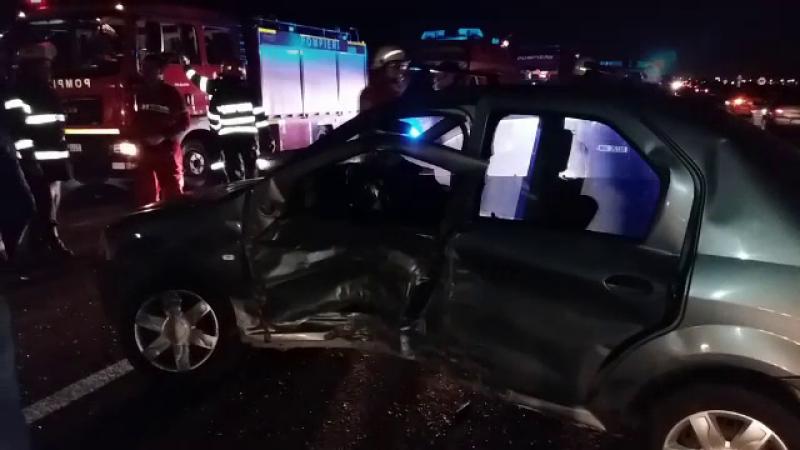 Accident cu trei masini joi seara pe DN1. Un sofer care nu a acordat prioritate a fost aruncat pe celalalt sens de mers