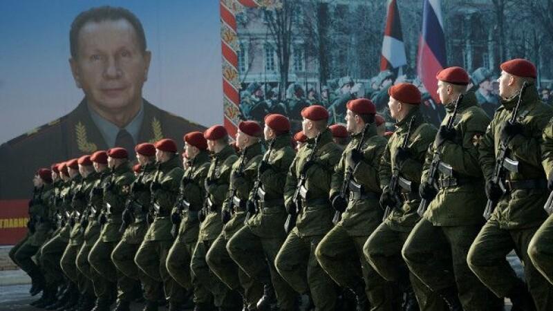 Vladimir Putin pregateste o forta de 350.000 de militari pentru a combate