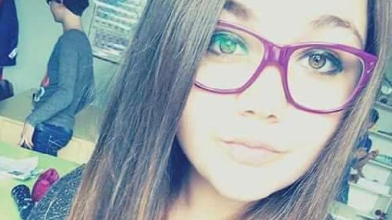 Procurorii sustin ca eleva care a murit dupa ce a cazut de pe bloc se juca Balena Albastra.