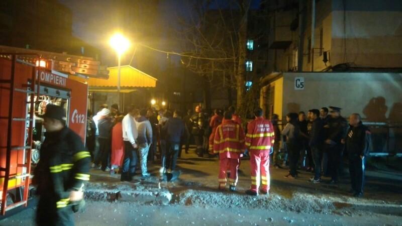 Explozie intr-un apartament din Galati: un copil de un an a murit, alte 4 persoane sunt ranite. Blocul a fost evacuat