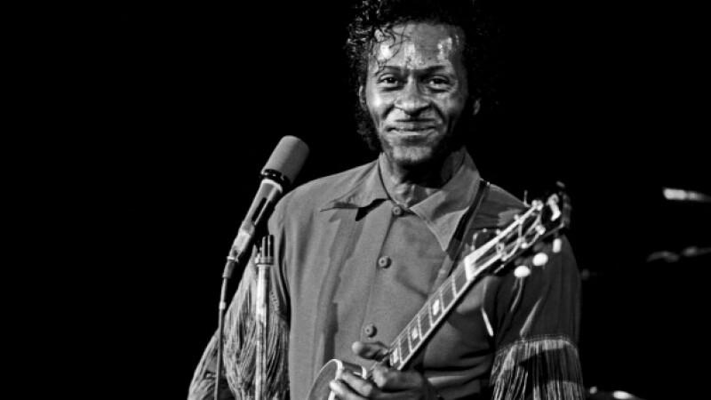 Chuck Berry, legenda a muzicii rock'n'roll, a murit la varsta de 90 de ani