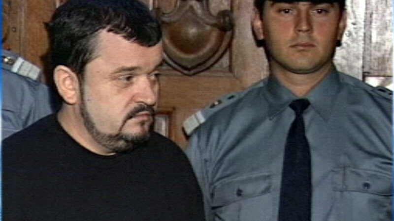 Un asasin din Romania, recidivist, vrea sa iasa din inchisoare. Judecatorii i-au respins, pentru moment, cererea