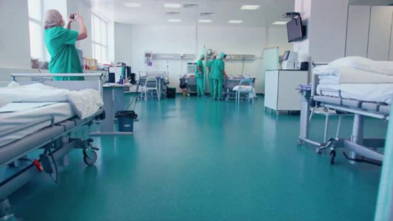 Spitalele private din Romania, tot mai cautate de straini. Ce operatii dificile fac la noi in tara si cat platesc pentru ele