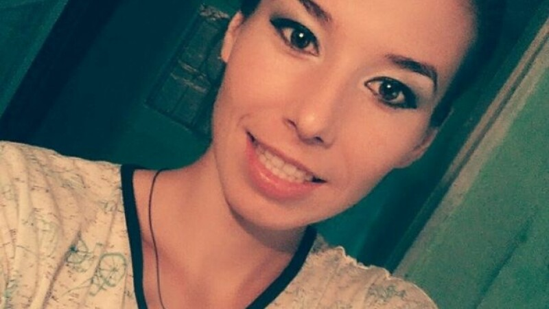 Drama unei tinere handbaliste de 19 ani, careia medicii i-au descoperit o tumora la sold. Cum o puteti ajuta