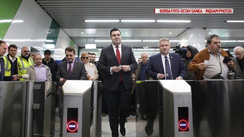 Pe cel mai nou tronson de metrou din Capitala vor circula trenuri vechi de 40 de ani. Cum arata cele doua statii deschise