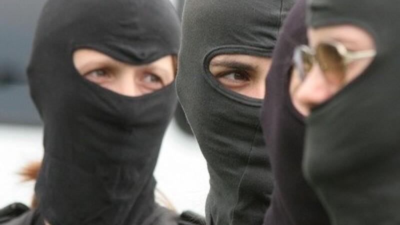Mai multi politisti de la Politia Rutiera Cluj, cercetati pentru luare de mita