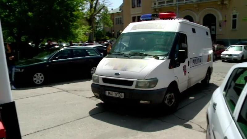 Barbatul care a injunghiat un tanar in parcarea unui club din statiunea Mamaia, retinut de politisti. De ce l-a atacat