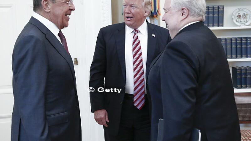 Americanii, alarmati dupa ce un fotograf al Guvernului Rus a fost lasat in Biroul Oval, la Casa Alba.