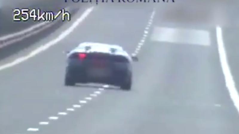 Un sofer a depasit un record pe autostrada Sibiu-Deva. A avut o viteza cu 4 km/h mai mare decat a unui avion la decolare