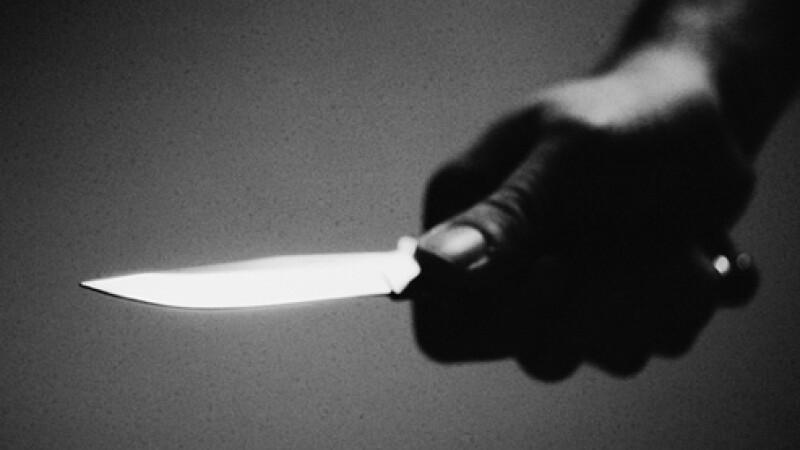 Cosmarul unei tinere din Satu Mare: violata, injunghiata si arsa cu tigara