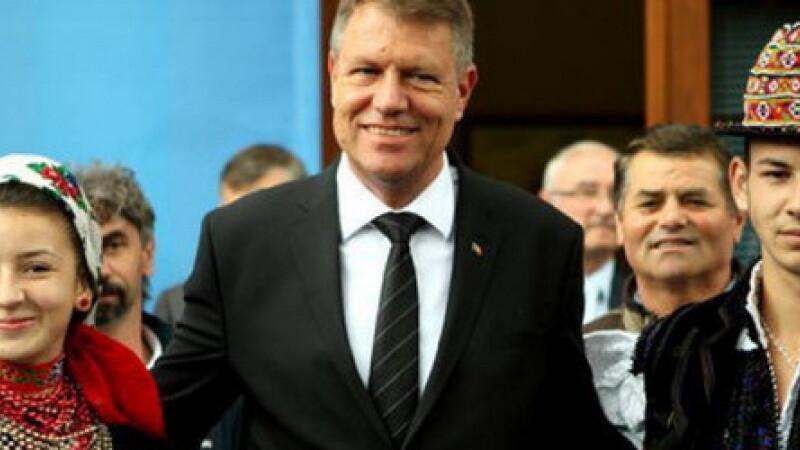 Klaus Iohannis merge la Chisinau inainte de alegerile parlamentare. Rezultatul scrutinului este crucial pentru Romania