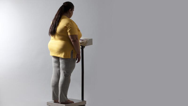 Fetisul straniu al iubitului a adus-o in pragul mortii: cantarea 300 de kg si nu mai putea sa mearga. Cum arata acum. FOTO