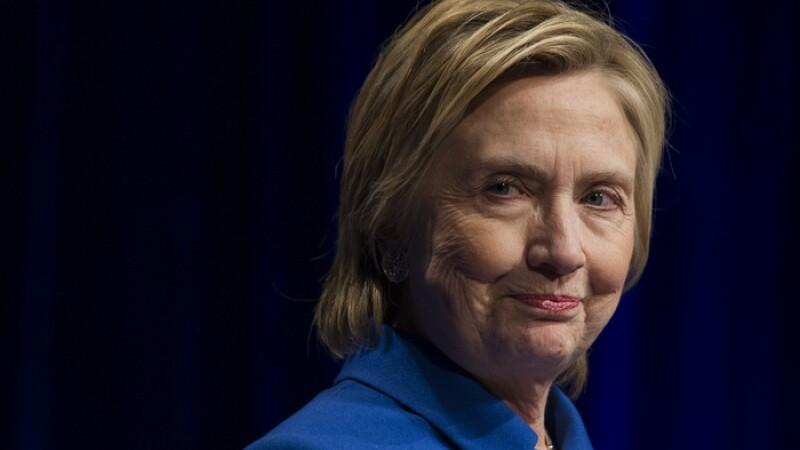 Hillary Clinton da vina pe Vladimir Putin si pe FBI pentru pierderea alegerilor.