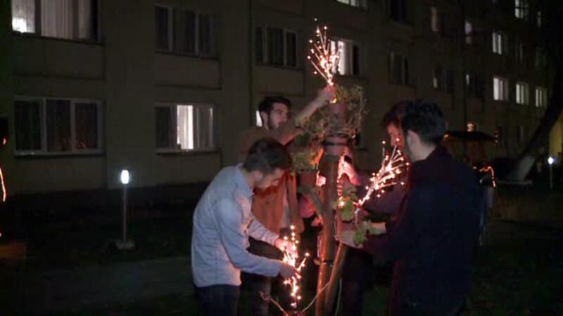 Ce fac studentii musulmani din Sibiu in apropierea sarbatorii Nasterii Domnului.
