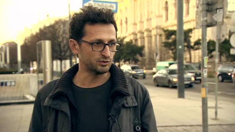 Romanul care a venit de la Viena pentru a aduce la Cluj car-sharing si pubele inteligente.