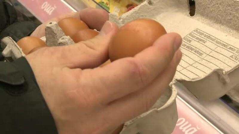 Ouăle și-au dublat prețul și scumpirea continuă până la Crăciun. Avertismentul marilor producători