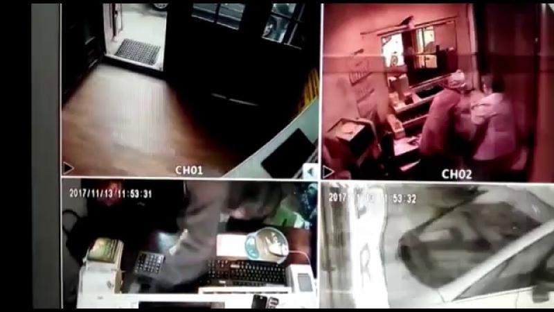 Un bărbat, înarmat cu un cuțit, a jefuit bunuri de 6600 de lei dintr-un amanet