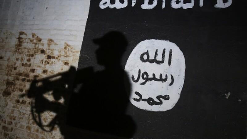O daneză de 17 ani, arestată pentru planificarea a două atacuri în numele ISIS