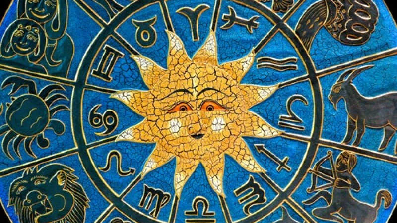 Sagetatorii fac schimbari radicale in viata profesionala. Horoscopul zilei de 6 februarie 2012