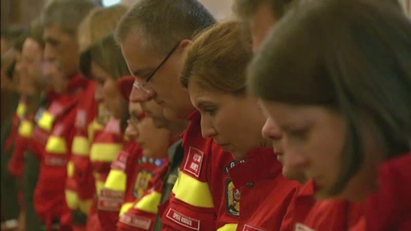 Echipajele aeromedicale SMURD au fost premiate la sediul MAI. Eroii aerului au avut peste 12.000 de misiuni de succes