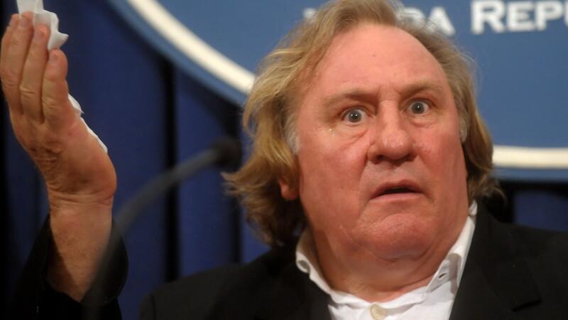 Gérard Depardieu: In tinerete m-am prostituat, am jefuit morminte si am facut puscarie