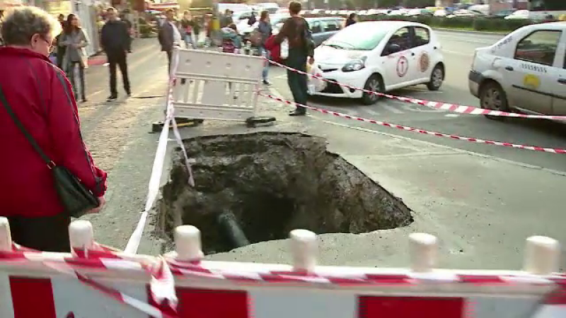 Un nevazator din Cluj a cazut intr-o groapa de 2 metri, sapata de o firma de gaz. Explicatia companiei: