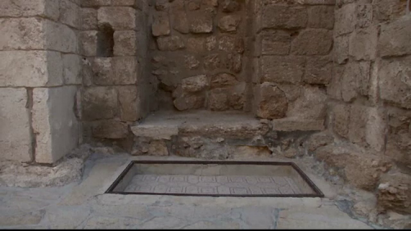 Mormantul lui Lazar de langa Ierusalim trece prin lucrari ample de restaurare. Ce au descoperit arheologii sub pietre