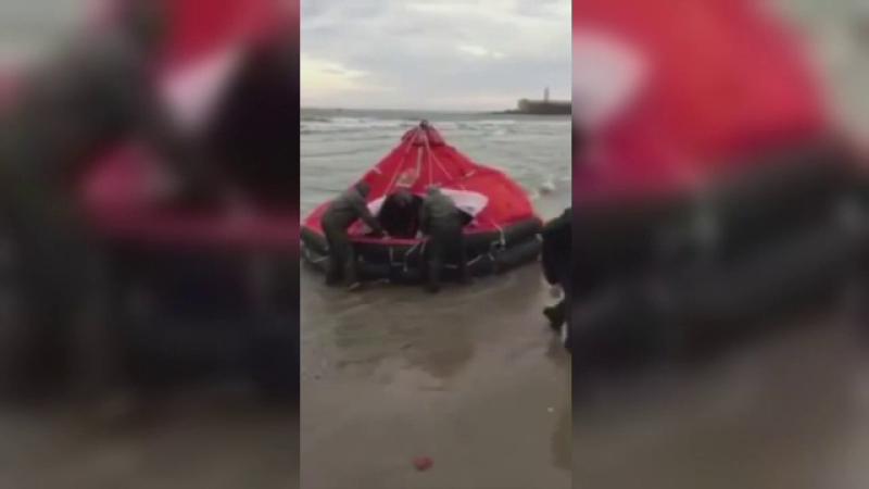 Zi de doliu in Odesa. Cel putin 12 oameni au murit dupa ce o ambarcatiune supraincarcata s-a rasturnat in Marea Neagra