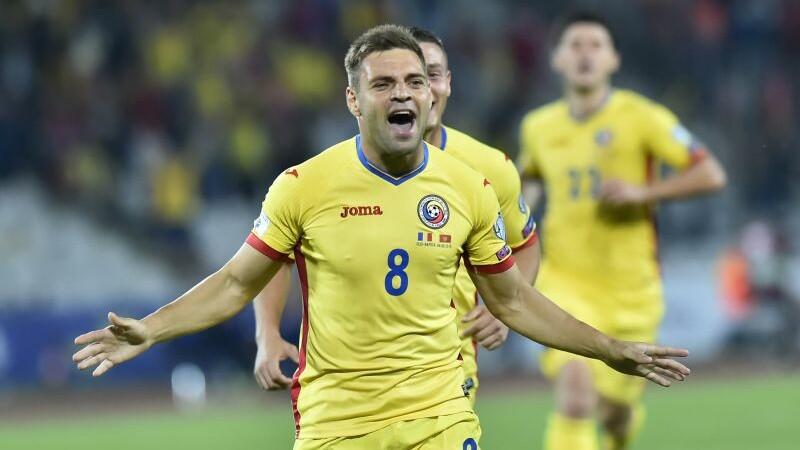 ARMENIA - ROMANIA 0-5. Cinci marcatori diferiti, dupa ce armenii au jucat in 10 inca din minutul 3. Prima victorie in Grupa E