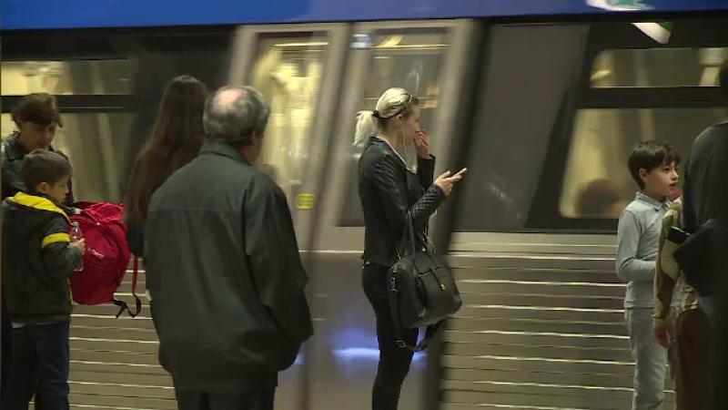 Metroul, tramvaiele 1, 41 si 16 linii de autobuz circula de Revelion. Programul mijloacelor de transport din Capitala