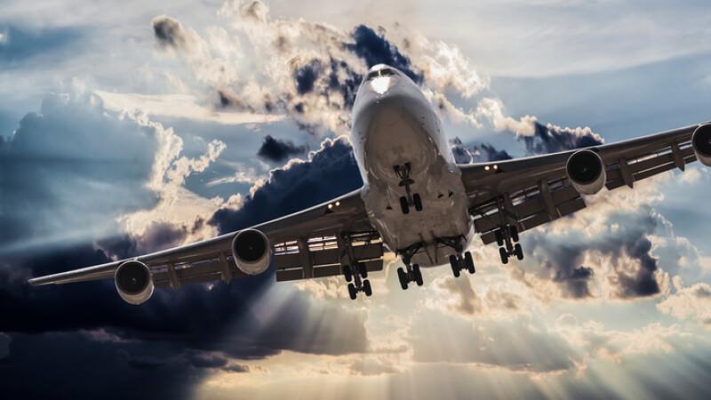 avion in furtuna