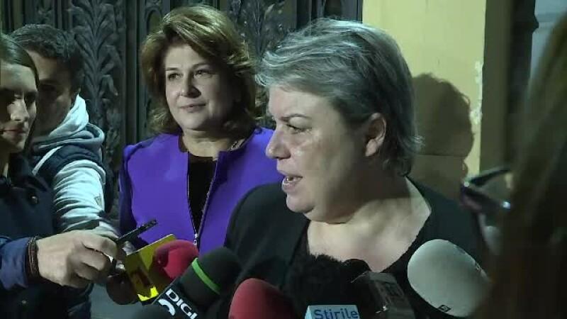 Reacţii în PSD, după demisia celor 3 miniştri.