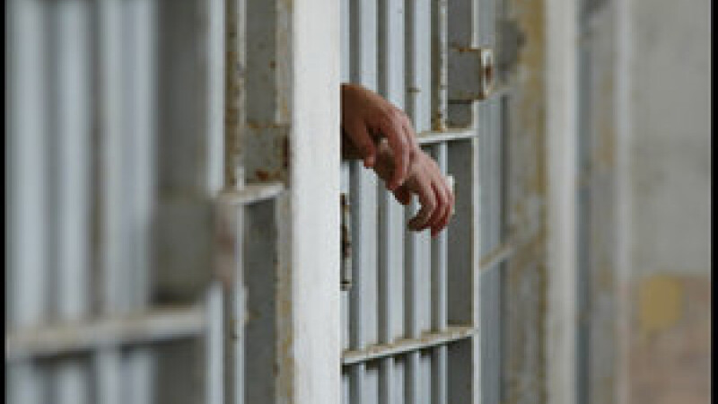 Peste 2.700 de detinuti romani se afla in inchisorile italiene