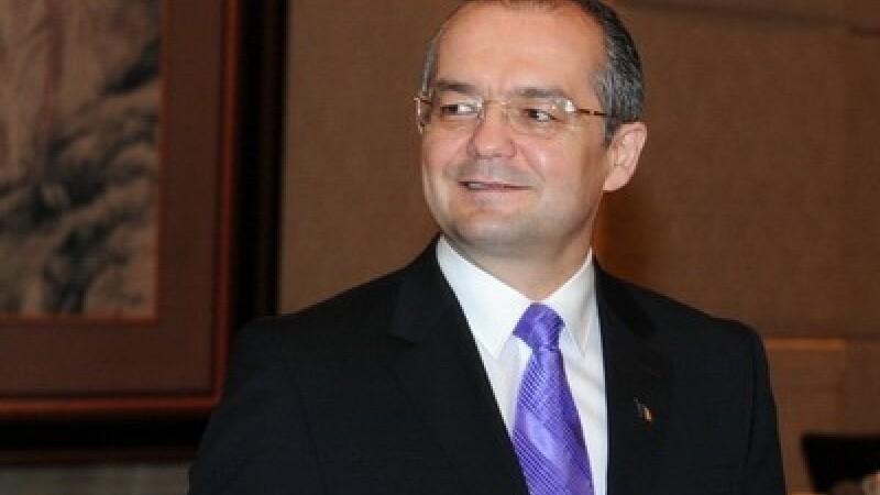 Emil Boc: Ii sfatuiesc pe Ponta si Antonescu sa-si pregateasca inca un rucsac de opozitie
