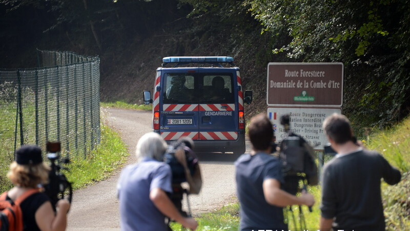 Ipoteza anchetatorilor in cazul triplului omor din Franta: asasinat profesionist, bine planuit