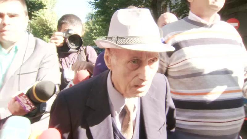 Urmasii detinutilor morti in inchisoarea din Ramnicu Sarat ii cer despagubiri de sute de mii de euro lui Alexandru Visinescu
