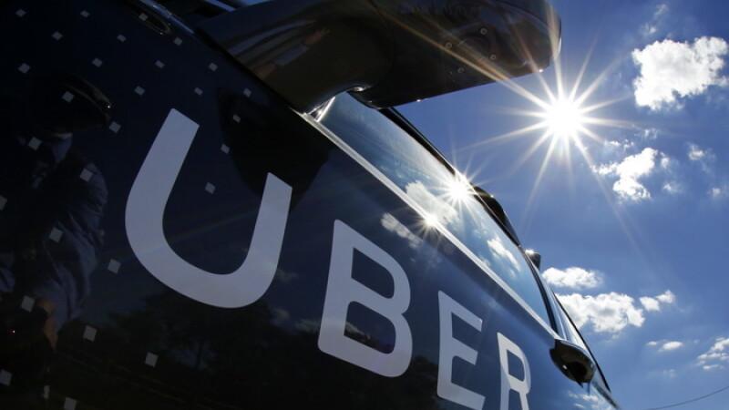 Planul prin care taximetristii vor sa ii elimine pe soferii Uber. Ce le fac dupa ce ii cheama prin comanda pe aplicatie