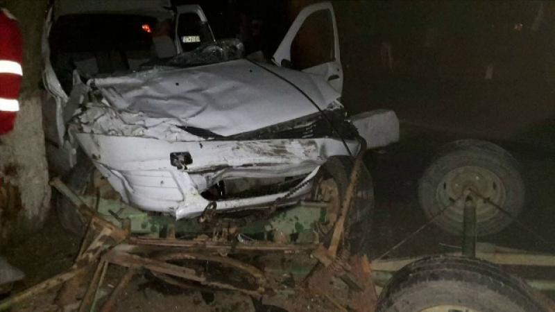Un bărbat a murit pe loc, după ce căruța sa a fost izbită de o mașină, în Olt