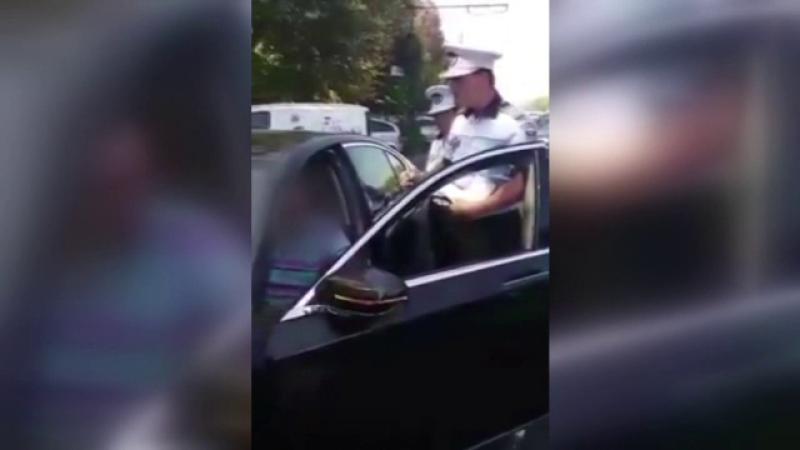 Scandal într-o parcare din Galați, unde un șofer a blocat o mașină 40 de minute