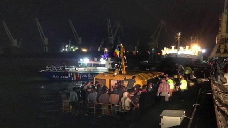 Misiune dramatică în Marea Neagră. Cum au fost salvați cei 157 de migranți