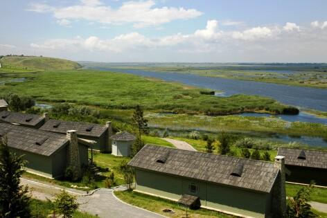 Delta Dunarii, Samova, resort de lux Delta Resort