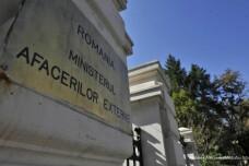Angajatii din Ministerul de Externe spun ca si-au facut datoria la votul din diaspora. S-au rostit amenintari grave