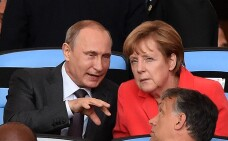Planul pe care l-ar negocia in secret Putin si Merkel. Independent scrie despre un schimb ce implica gazele si Crimeea